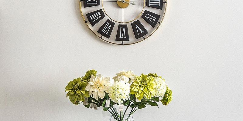 clocks home decoration