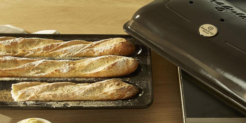 baguette baker emile henry